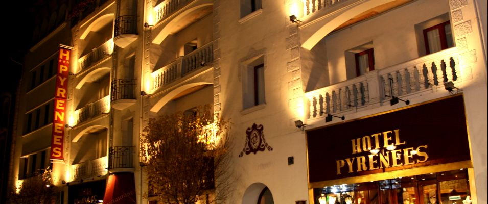 https://www.hotelpyrenees.com/resources/img/imgTxt/hotel-pyrenees-hotel-hotel-superior-1_1_6_33.jpg
